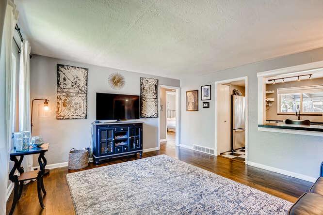 135 Niagara Denver CO 80220-small-004-004-Living Room-666x445-72dpi