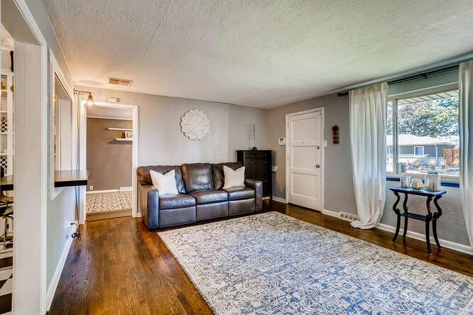 135 Niagara Denver CO 80220-small-006-008-Living Room-666x445-72dpi