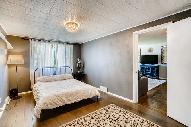 135 Niagara Denver CO 80220-small-019-019-Bedroom-666x445-72dpi
