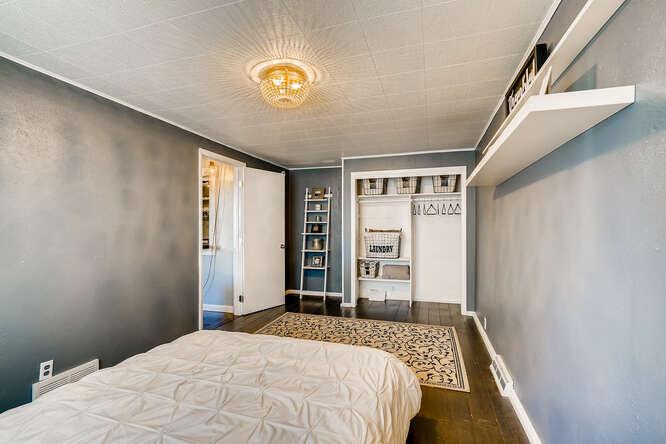 135 Niagara Denver CO 80220-small-020-020-Bedroom-666x445-72dpi
