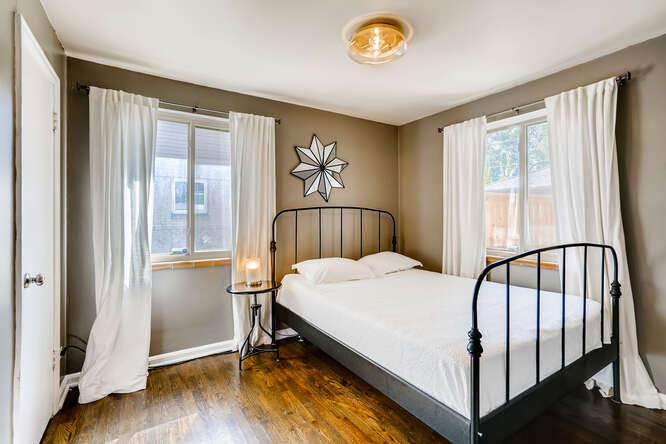 135 Niagara Denver CO 80220-small-021-022-Bedroom-666x445-72dpi