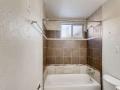 1480 Boston St Aurora CO 80010-small-018-019-Primary Bathroom-666x444-72dpi