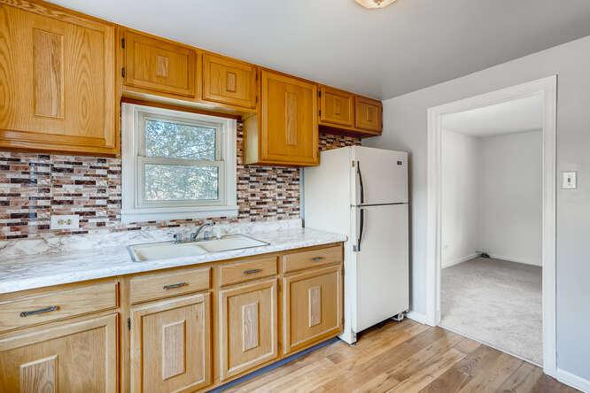 201 S Alcott Denver CO 80219-small-009-016-Kitchen-666x444-72dpi