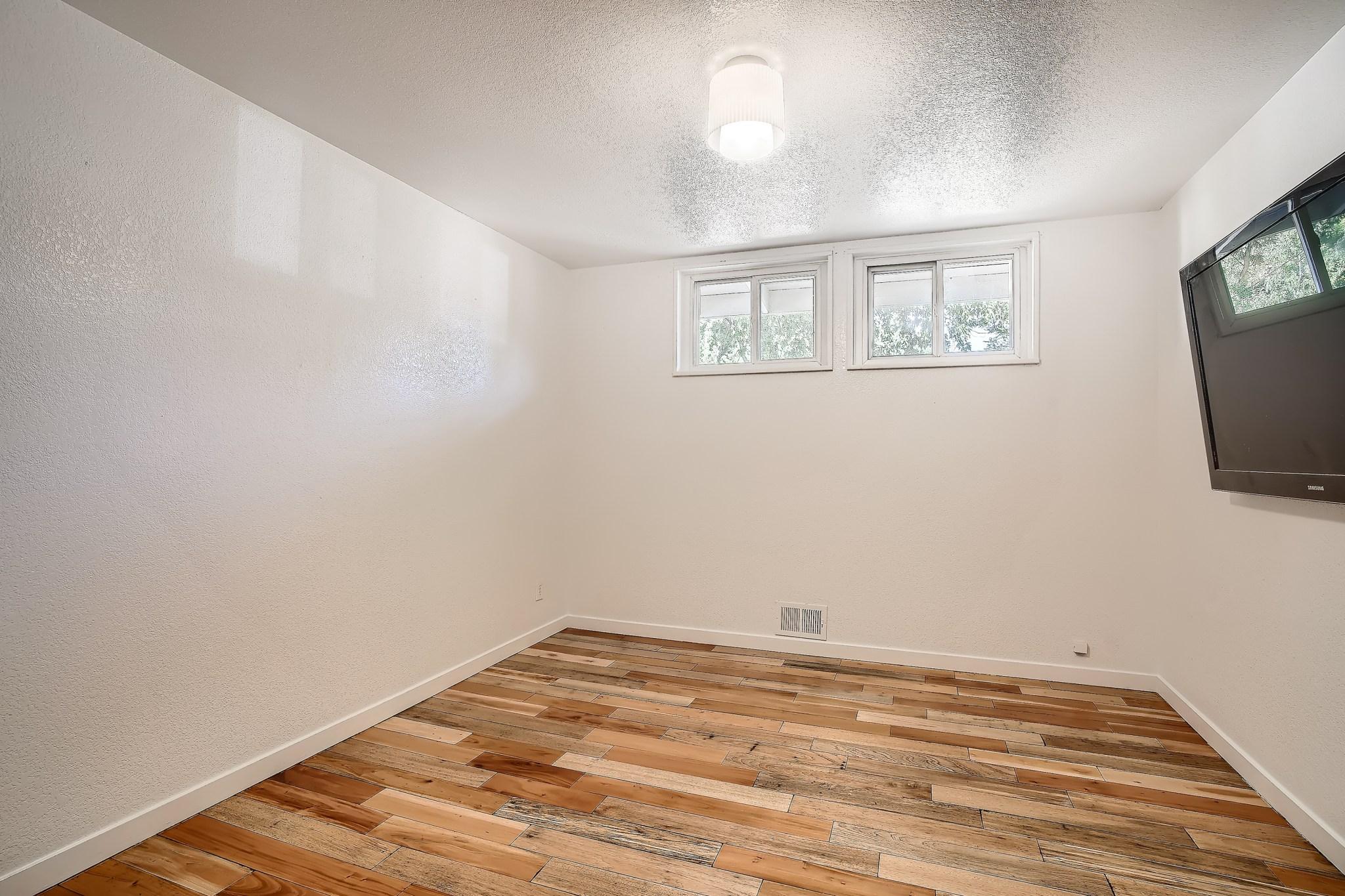 20-Primary-Bedroom