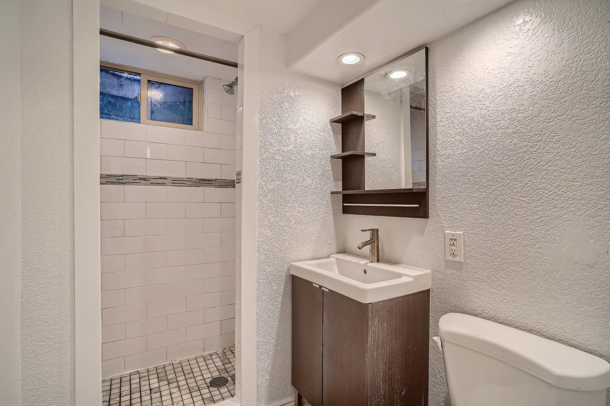 29-Lower-Level-Bathroom