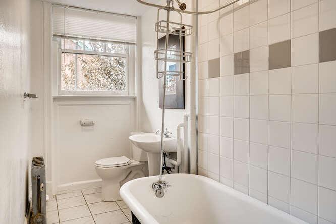 215 E 11th Ave C4 Denver CO-small-021-019-Bathroom-666x444-72dpi