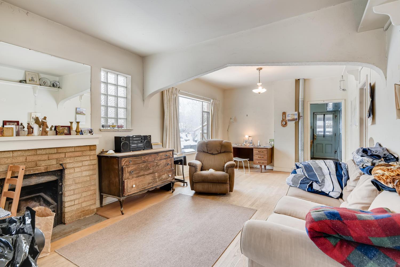 2177 S Bannock Denver CO 80223-large-005-005-Living Room-1500x1000-72dpi