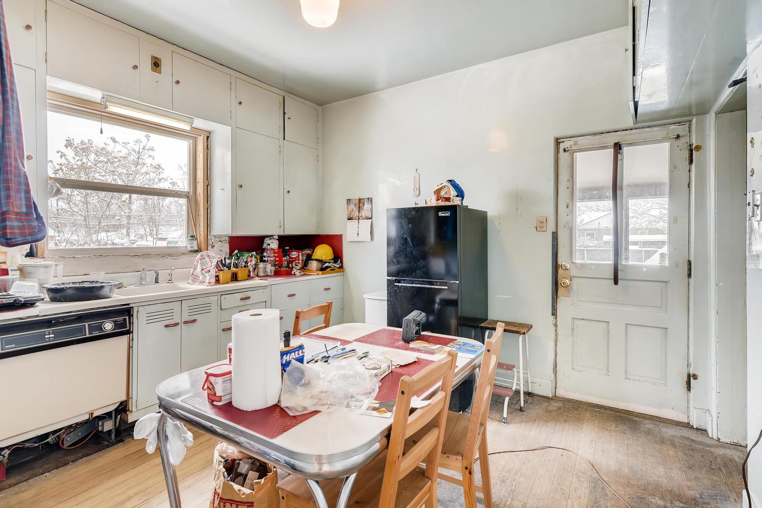 2177 S Bannock Denver CO 80223-large-014-014-Kitchen-1500x1000-72dpi