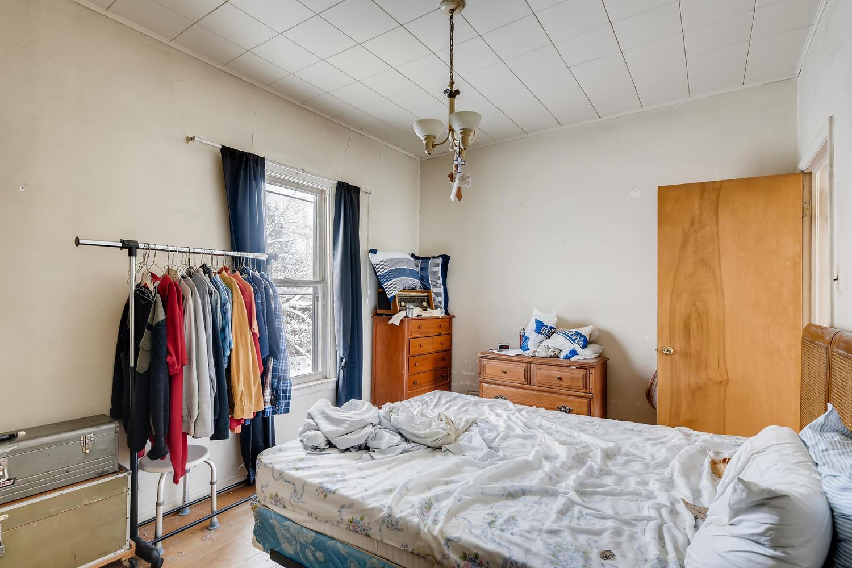2177 S Bannock Denver CO 80223-large-018-017-Master Bedroom-1500x1000-72dpi