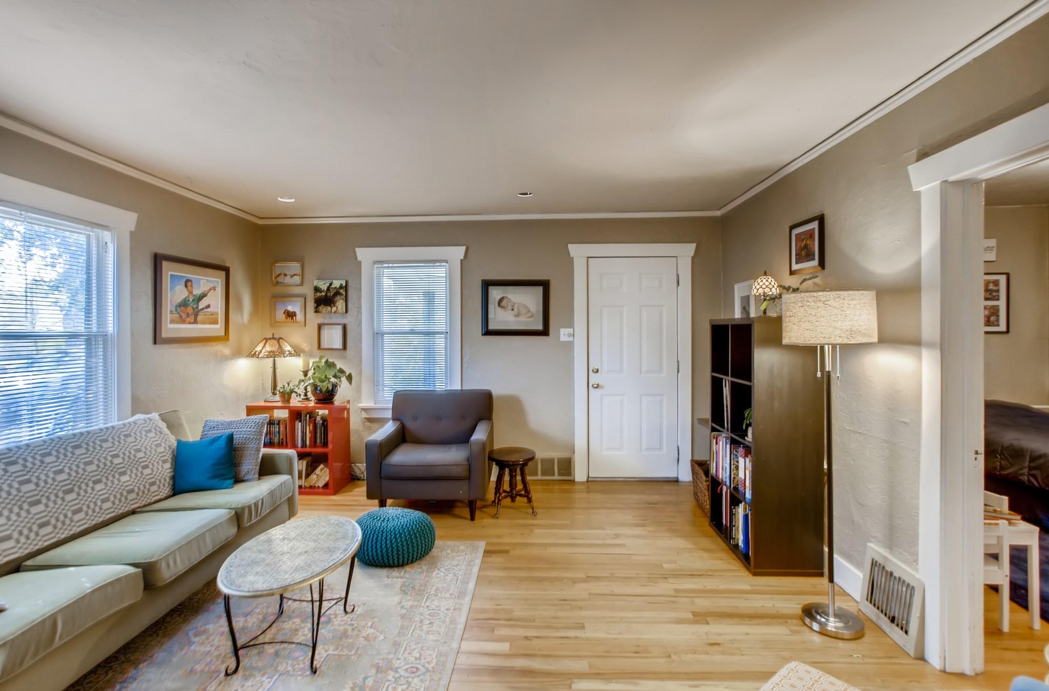15-Family-Room