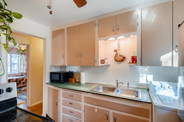 2216 S Clermont St Denver CO-large-013-011-Kitchen-1500x997-72dpi