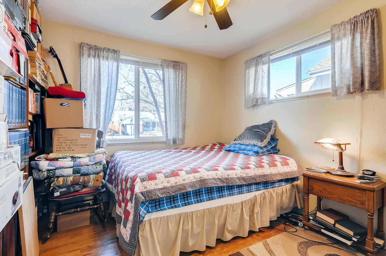 2216 S Clermont St Denver CO-large-015-013-Master Bedroom-1500x997-72dpi