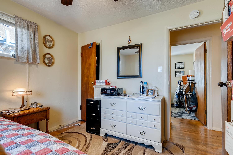 2216 S Clermont St Denver CO-large-016-014-Master Bedroom-1500x995-72dpi