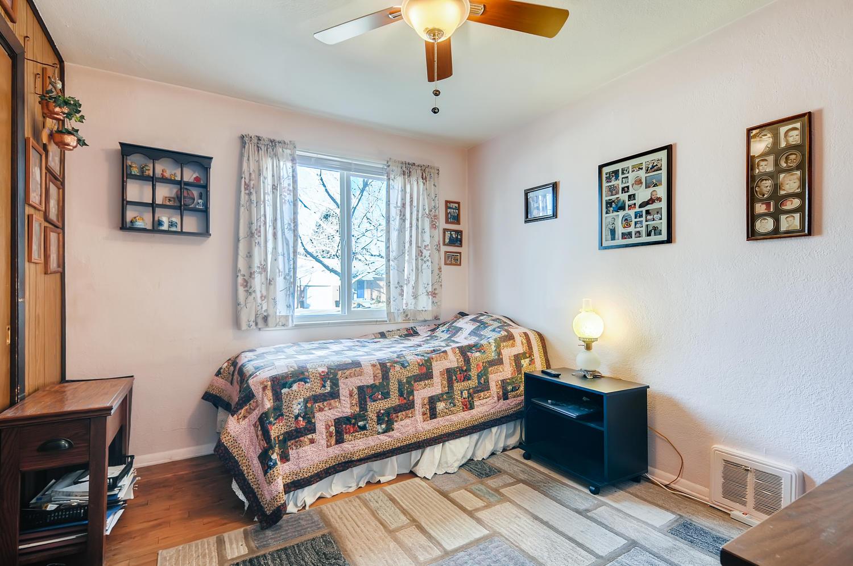 2216 S Clermont St Denver CO-large-018-016-Bedroom-1500x997-72dpi
