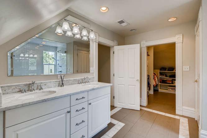 250 S Clarkson Denver CO 80209-small-016-015-2nd Floor Master Bathroom-666x445-72dpi