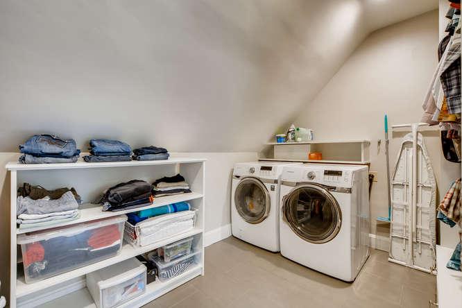 250 S Clarkson Denver CO 80209-small-017-016-2nd Floor Master Bedroom-666x444-72dpi