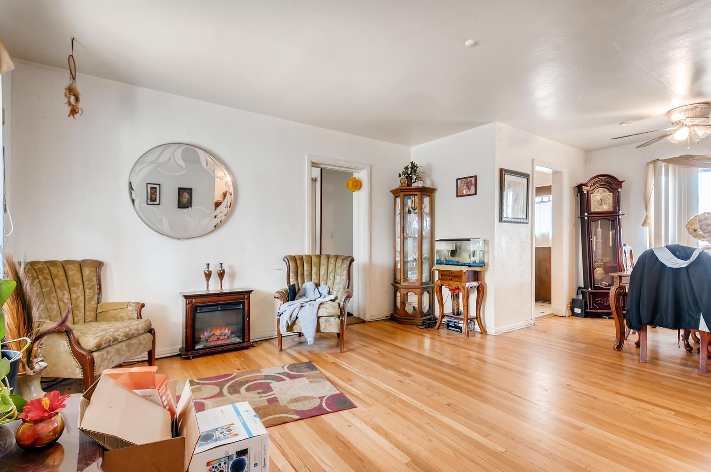 2561 Newport Street Denver CO-large-009-009-Living Room-1500x996-72dpi