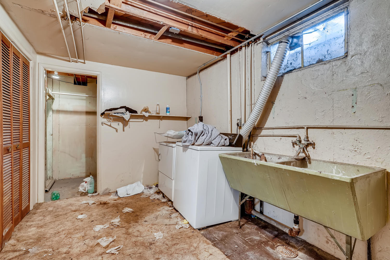 2674 S Dexter Denver CO 80222-large-019-018-Lower Level Laundry Room-1500x1000-72dpi
