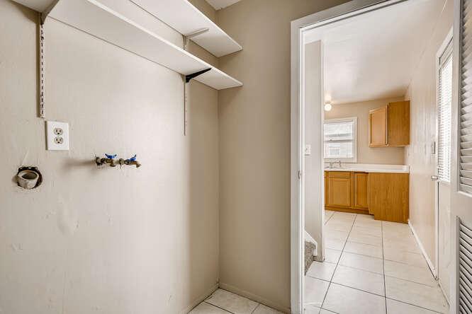 2769 W Iliff Ave 6 Denver CO-small-022-018-Laundry Room-666x444-72dpi