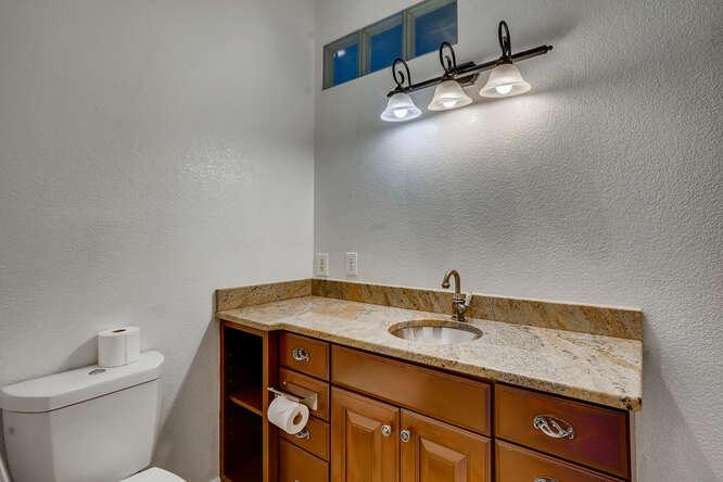 2820 W 43rd Ave Denver CO-small-017-027-Primary Bathroom-666x444-72dpi