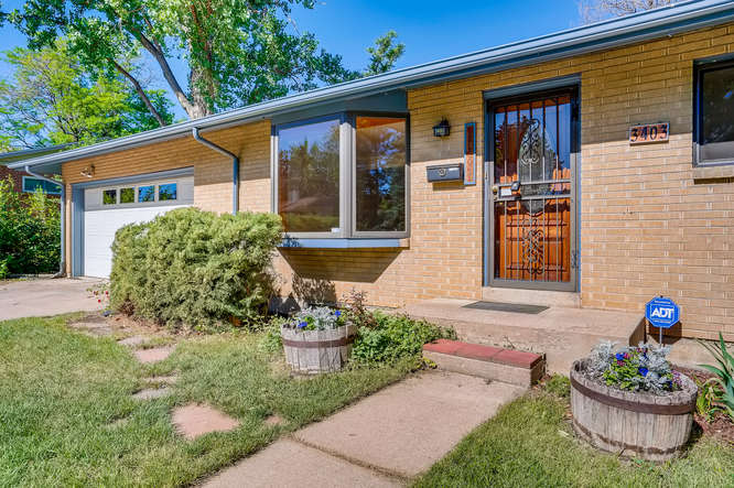 3403 S IVANHOE WAY Denver CO-small-004-006-Exterior Front Entry-666x443-72dpi