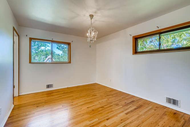 3403 S IVANHOE WAY Denver CO-small-013-019-Master Bedroom-666x445-72dpi