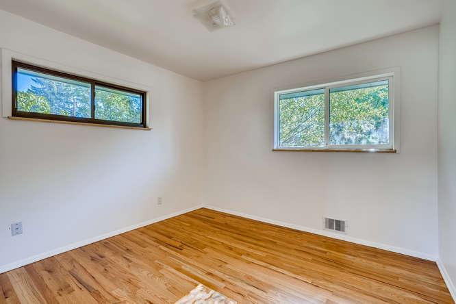 3403 S IVANHOE WAY Denver CO-small-016-020-Bedroom-666x444-72dpi