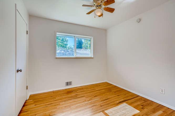 3403 S IVANHOE WAY Denver CO-small-018-022-Bedroom-666x445-72dpi