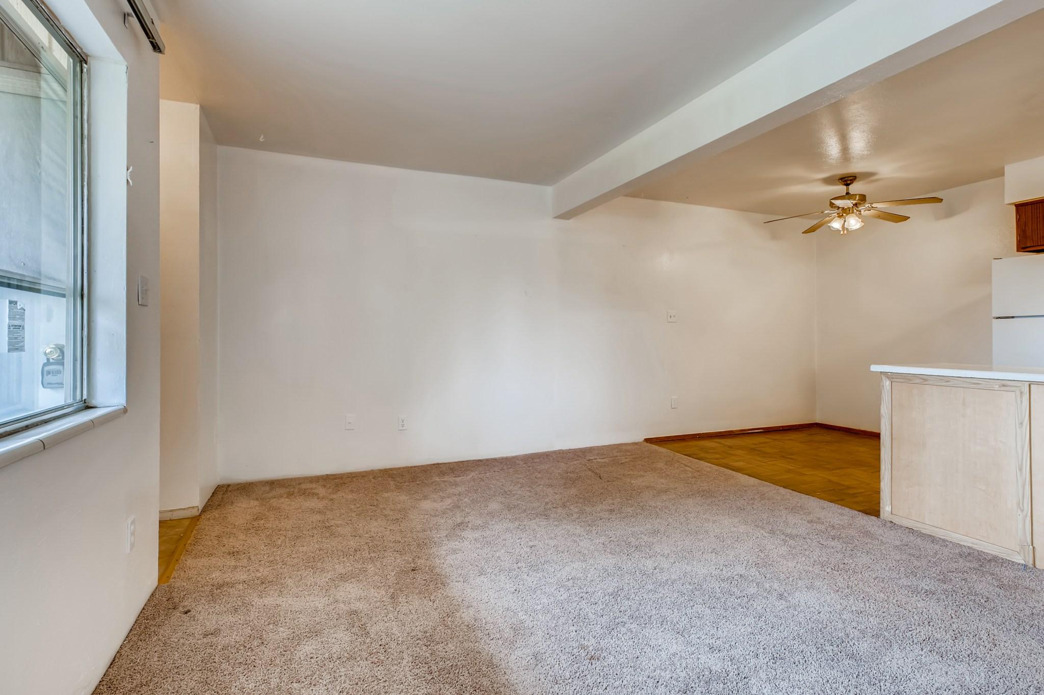 09-Living-Room
