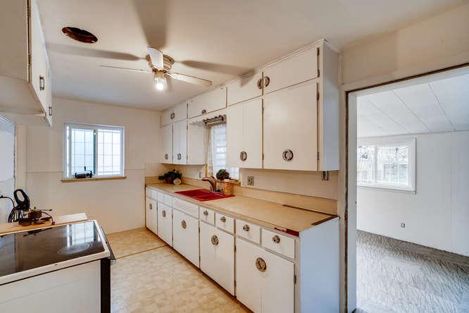 3822 Julian St Denver CO 80211-small-010-010-Kitchen-666x445-72dpi