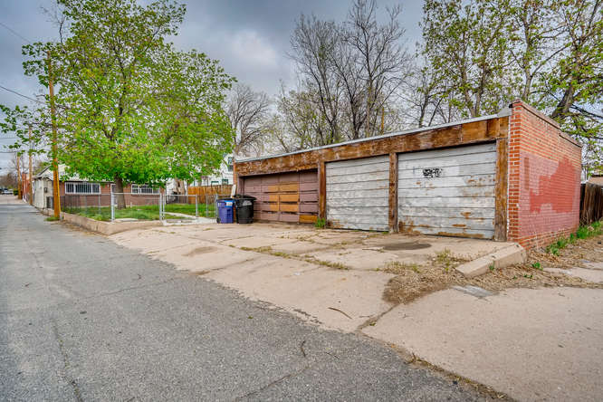 3822 Julian St Denver CO 80211-small-028-028-Garage-666x445-72dpi