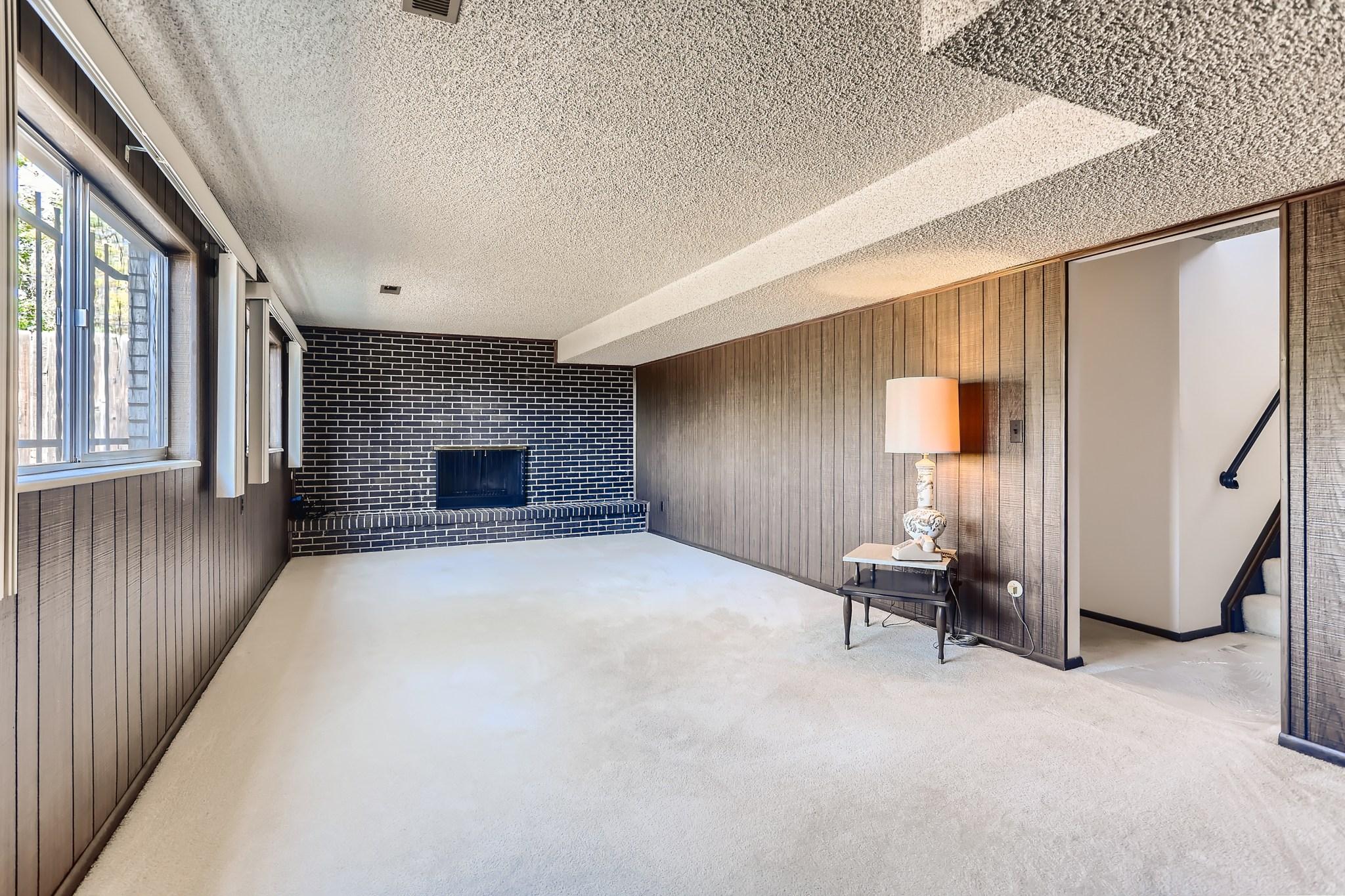 21-Lower-Level-Family-Room