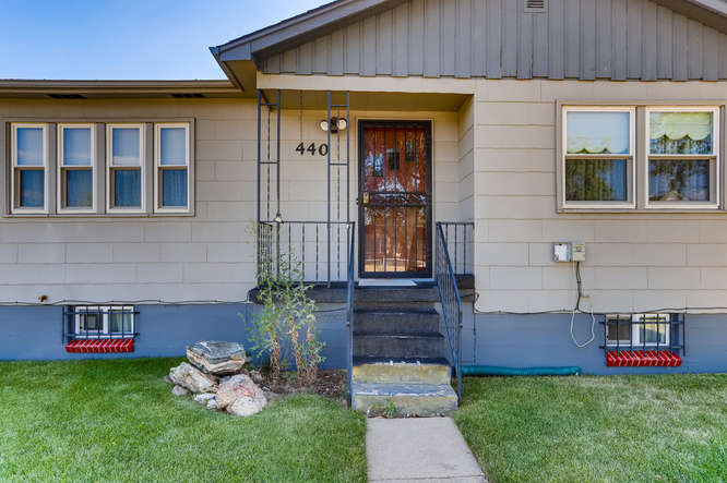 440 S Raleigh Street Denver CO-small-005-008-Exterior Front Entry-666x444-72dpi
