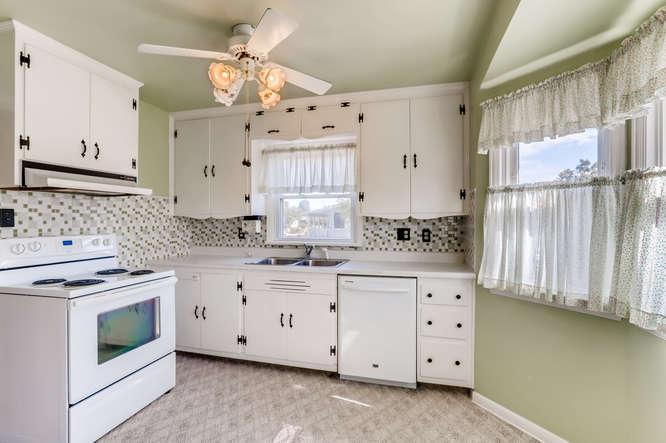 440 S Raleigh Street Denver CO-small-011-029-Kitchen-666x444-72dpi