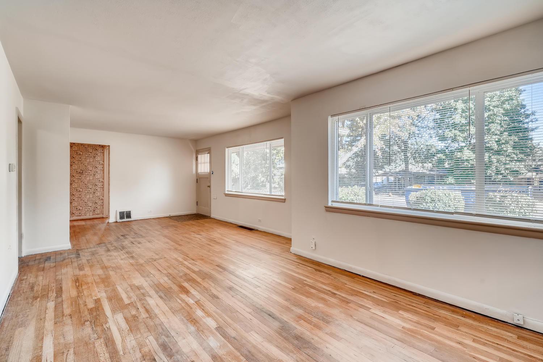 4586 E Dartmouth Avenue Denver-large-004-001-Living Room-1500x1000-72dpi