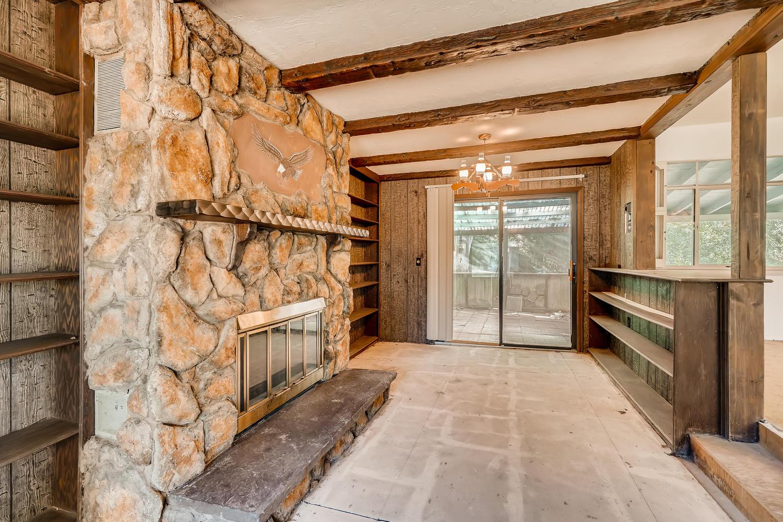 4586 E Dartmouth Avenue Denver-large-014-023-Family Room-1500x1000-72dpi