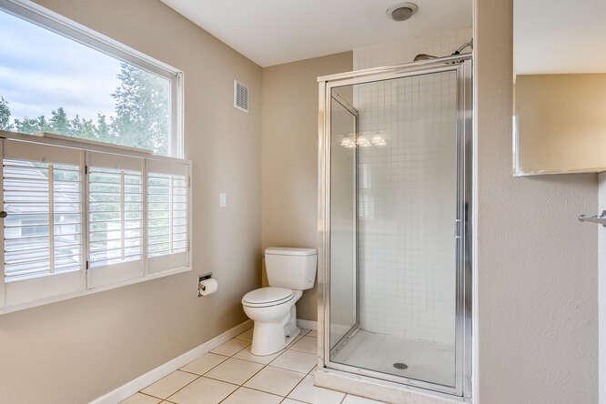 505 Fillmore St Denver CO-small-022-026-Bathroom-666x445-72dpi