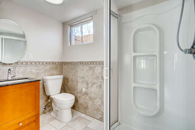 5176 W Colgate Pl Denver CO-small-024-026-Lower Level Bathroom-666x444-72dpi