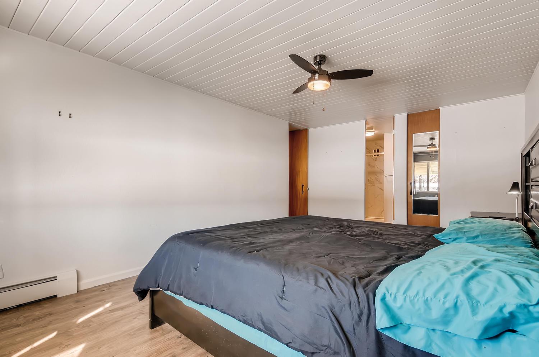 655 S Clinton 6B Denver CO-large-016-024-Master Bedroom-1500x997-72dpi