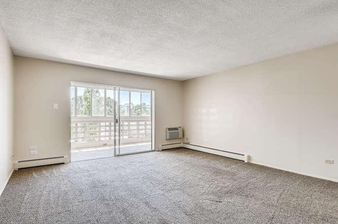 680 S Alton Way 7B Denver CO-small-008-013-Living Room-666x444-72dpi
