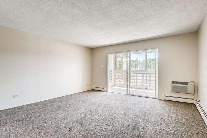 680 S Alton Way 7B Denver CO-small-009-003-Living Room-666x444-72dpi