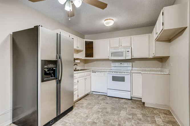 680 S Alton Way 7B Denver CO-small-012-009-Kitchen-666x444-72dpi