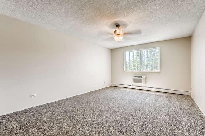 680 S Alton Way 7B Denver CO-small-018-018-Master Bedroom-666x444-72dpi
