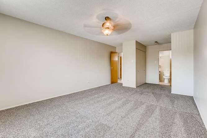 680 S Alton Way 7B Denver CO-small-020-019-Master Bedroom-666x444-72dpi