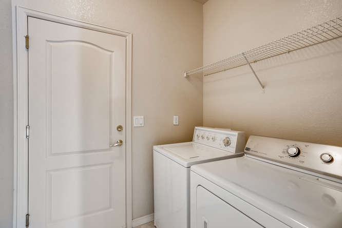 7142 S Versailles St Aurora CO-small-026-016-Laundry Room-666x444-72dpi