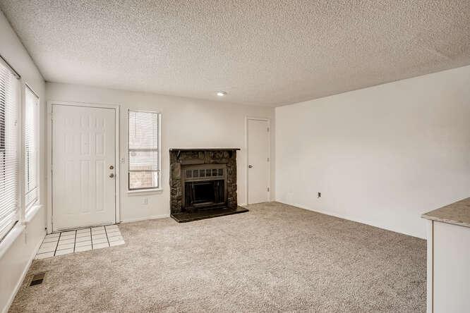 942 S Dearborn Way 5 Aurora CO-small-006-006-Living Room-666x444-72dpi