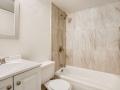 942 S Dearborn Way 5 Aurora CO-small-019-027-Primary Bathroom-666x444-72dpi